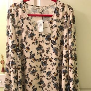 Boho blouse (NWT) - pullover blouse (floral)